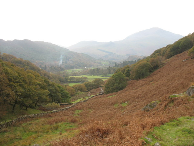 The path connecting Hafod y Porth Farm and Craflwyn Hall