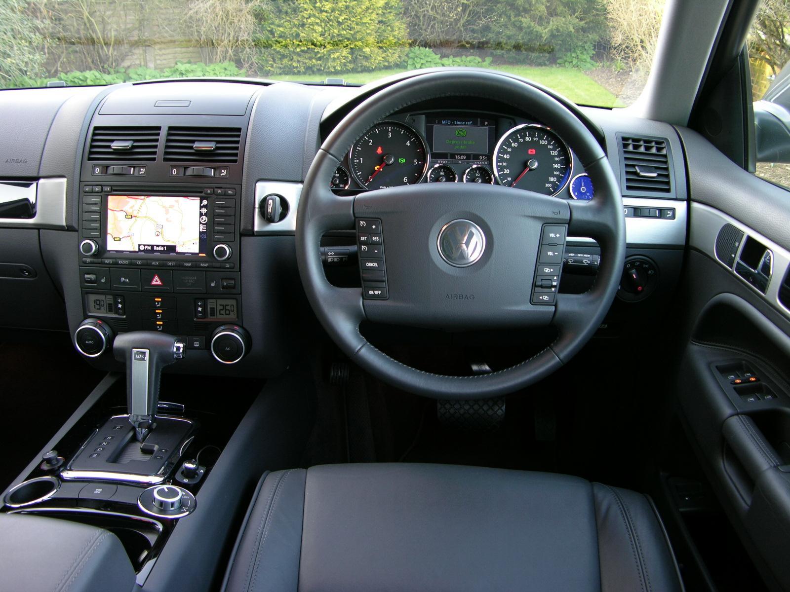 File:VW Touareg 2.5 Tdi SE - Flickr - The Car Spy (5).jpg ...