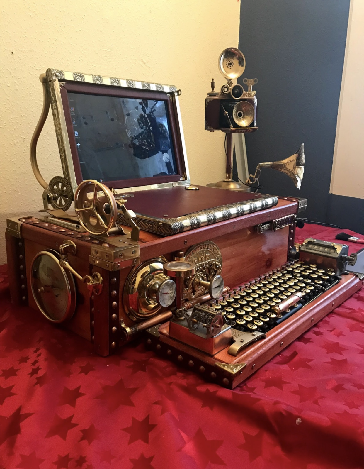 Victorian Style Steampunk Computer