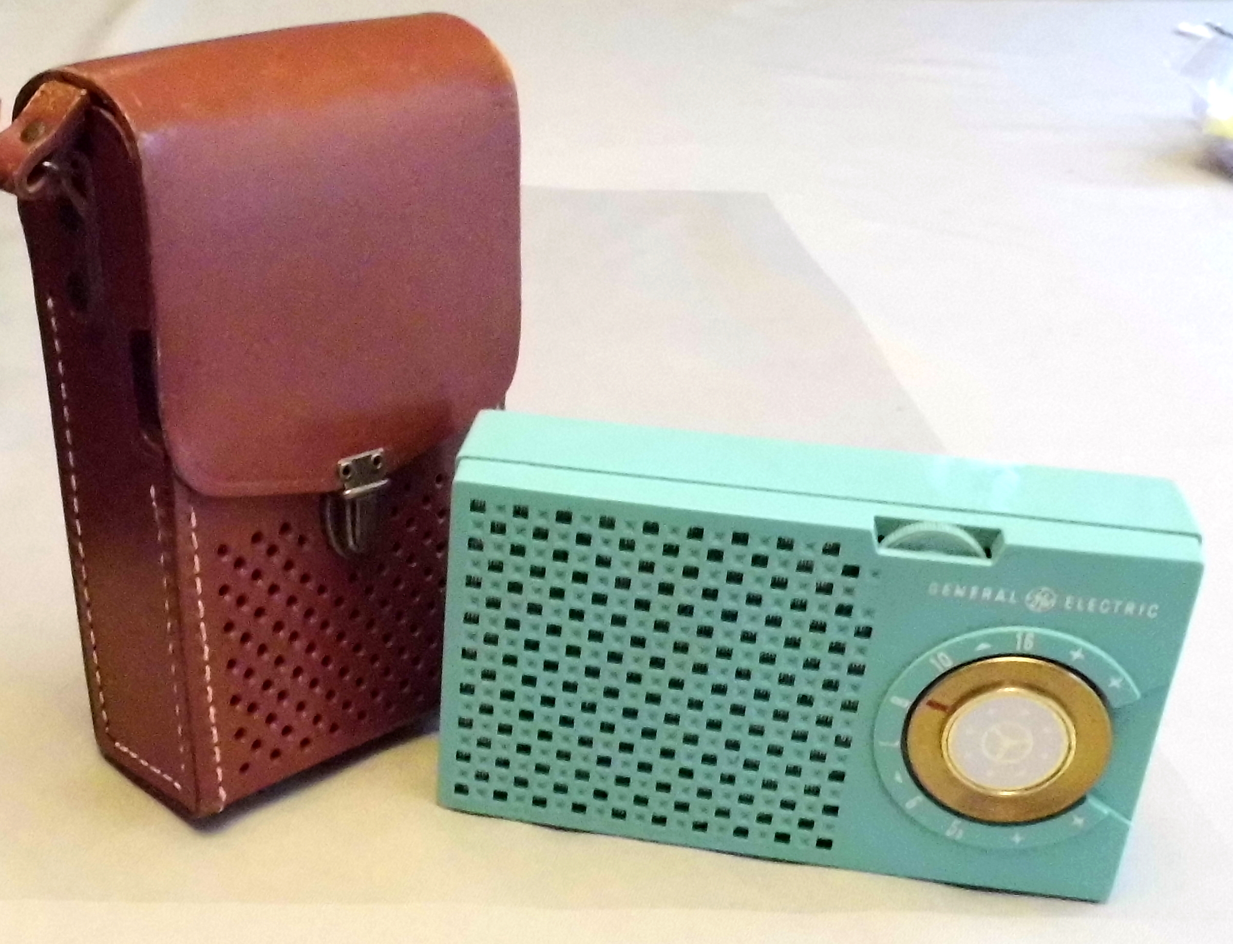 Image result for General Electric 5-Transistor Radio, Model 678 years produced