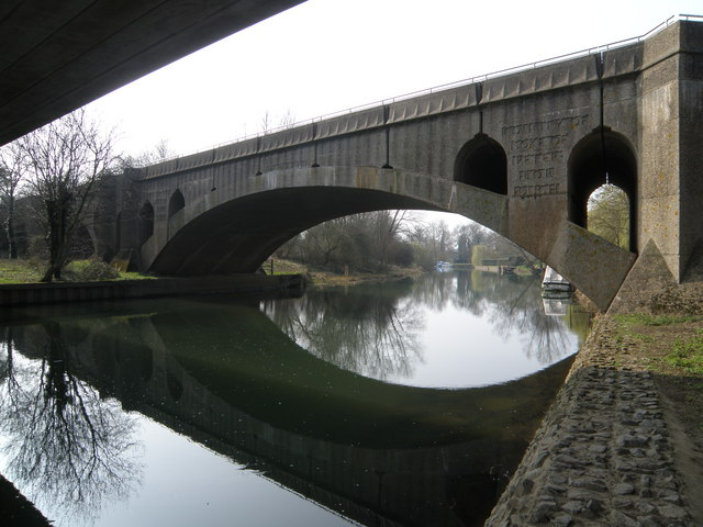 Wansford bridge - geograph.org.uk - 1209325