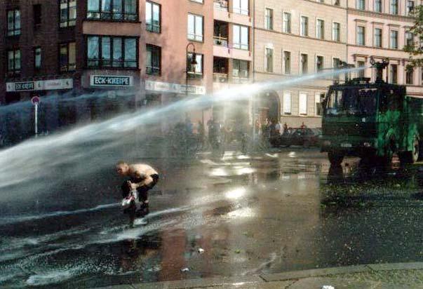 Wasserwerfer - Quelle: WikiCommons