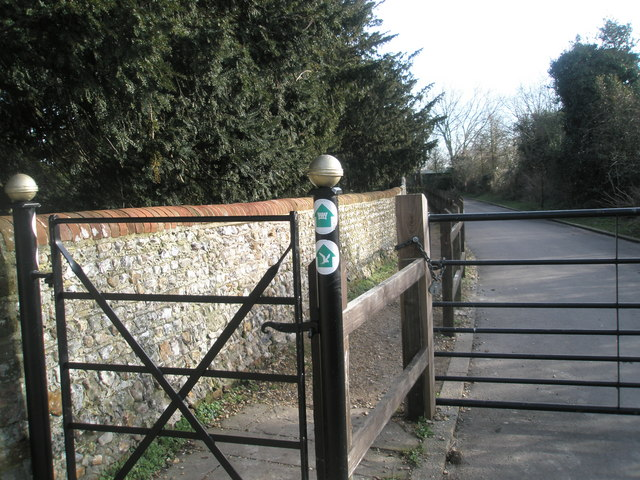 File:Wayfarers Walk path at Warblington Church - geograph.org.uk - 680946.jpg