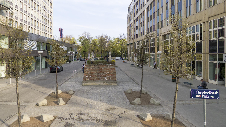 Wien 01 Gartenbaupromenade a.jpg