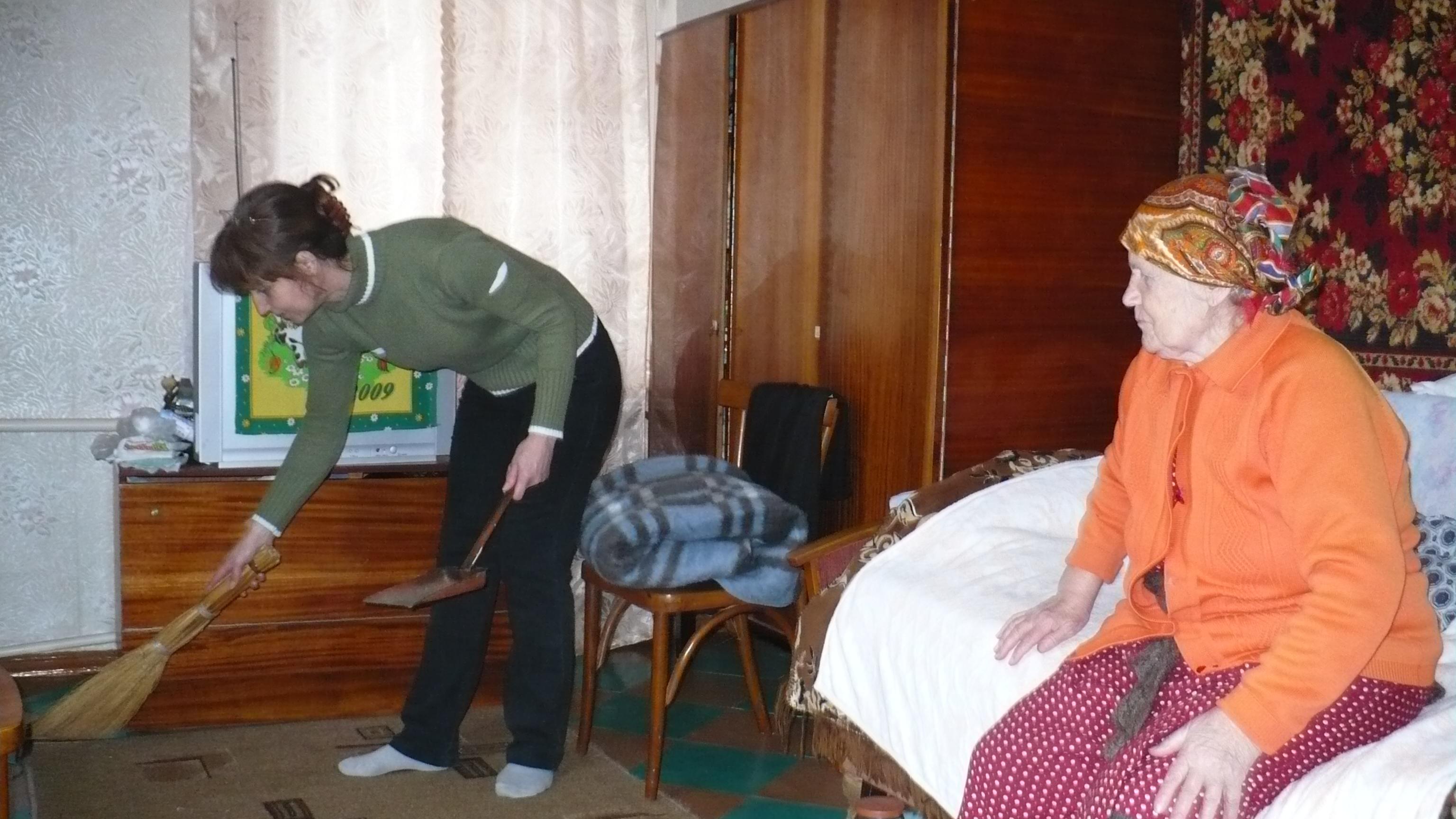 Социальный работник обязанности по уходу за инвалидами 158