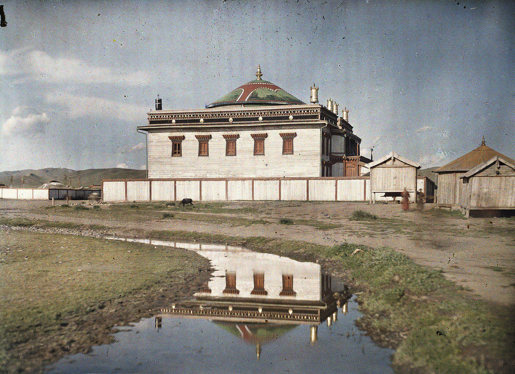 1913 a monastery in Khuree.jpg