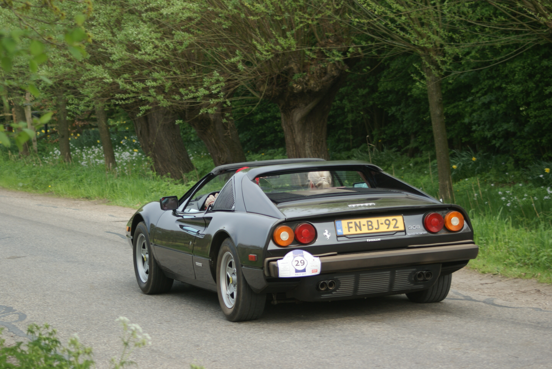File 1983 Ferrari 308 Gts Quattrovalvole 8972140420 Jpg Wikimedia Commons