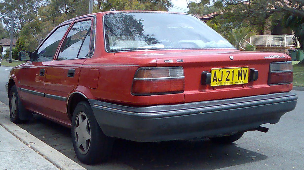 File 1989 1991 Toyota Corolla Ae92 Cs Sedan 02 Jpg