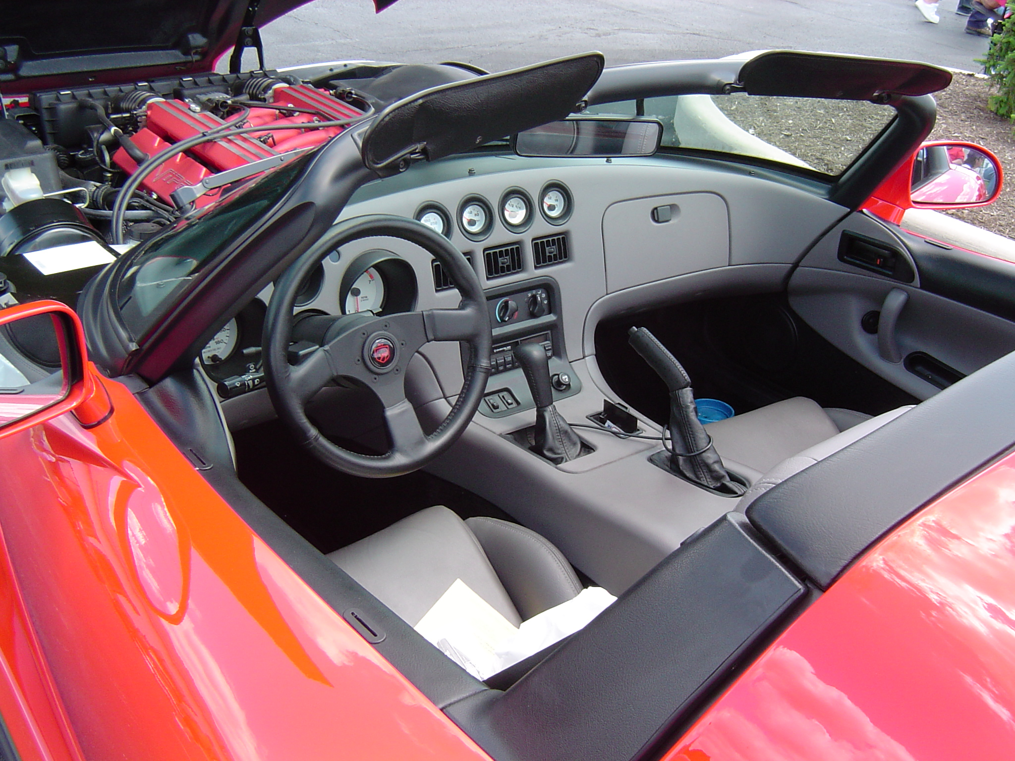 File:1992 Dodge Viper Interior.JPG