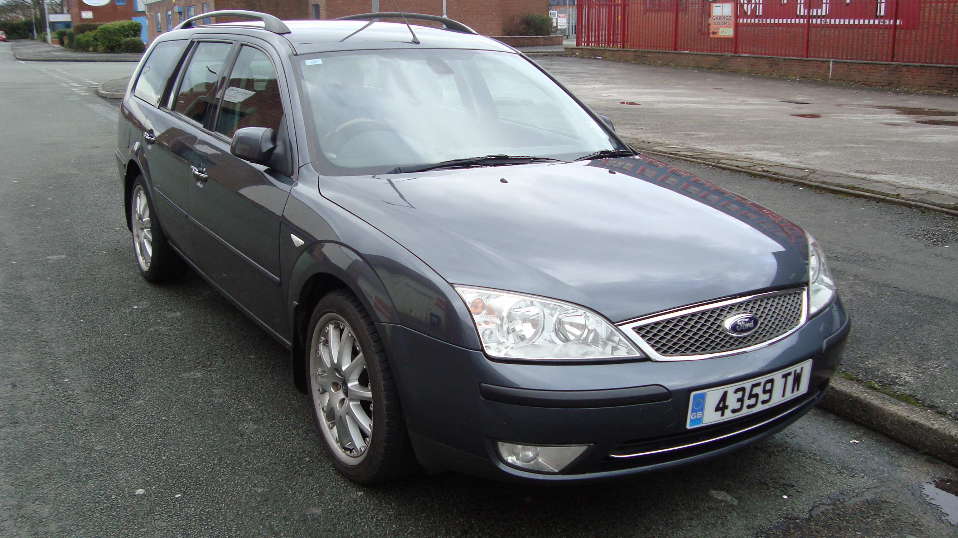 file 2005 ford mondeo ghia x estate 12465972284 jpg wikimedia commons. Black Bedroom Furniture Sets. Home Design Ideas