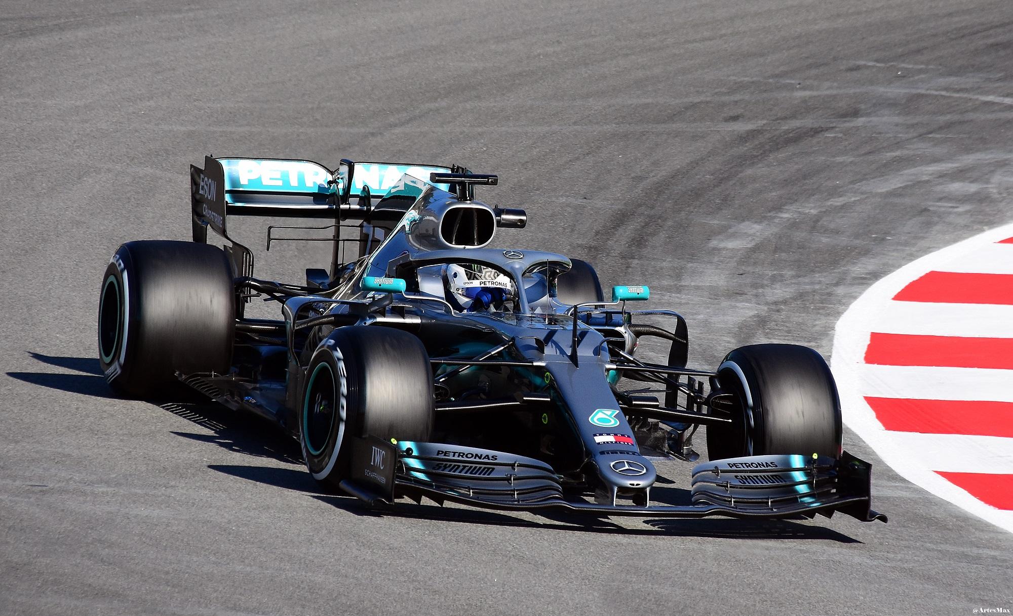 Mercedes AMG F1 W10 EQ Power+ - Wikipedia