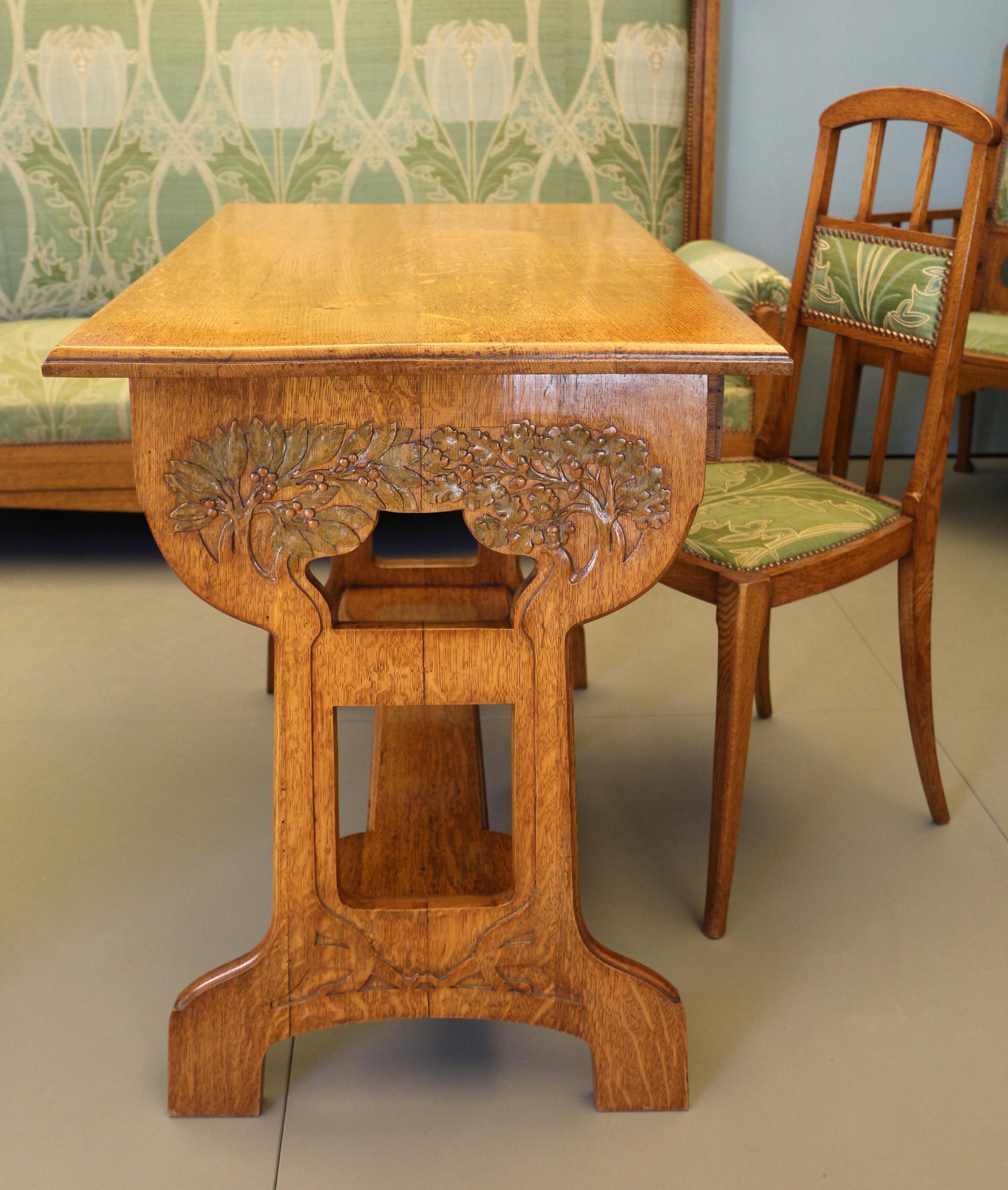 File:Alberto issel, salotto-soggiorno, 1902 ca., tavolino.jpg ...