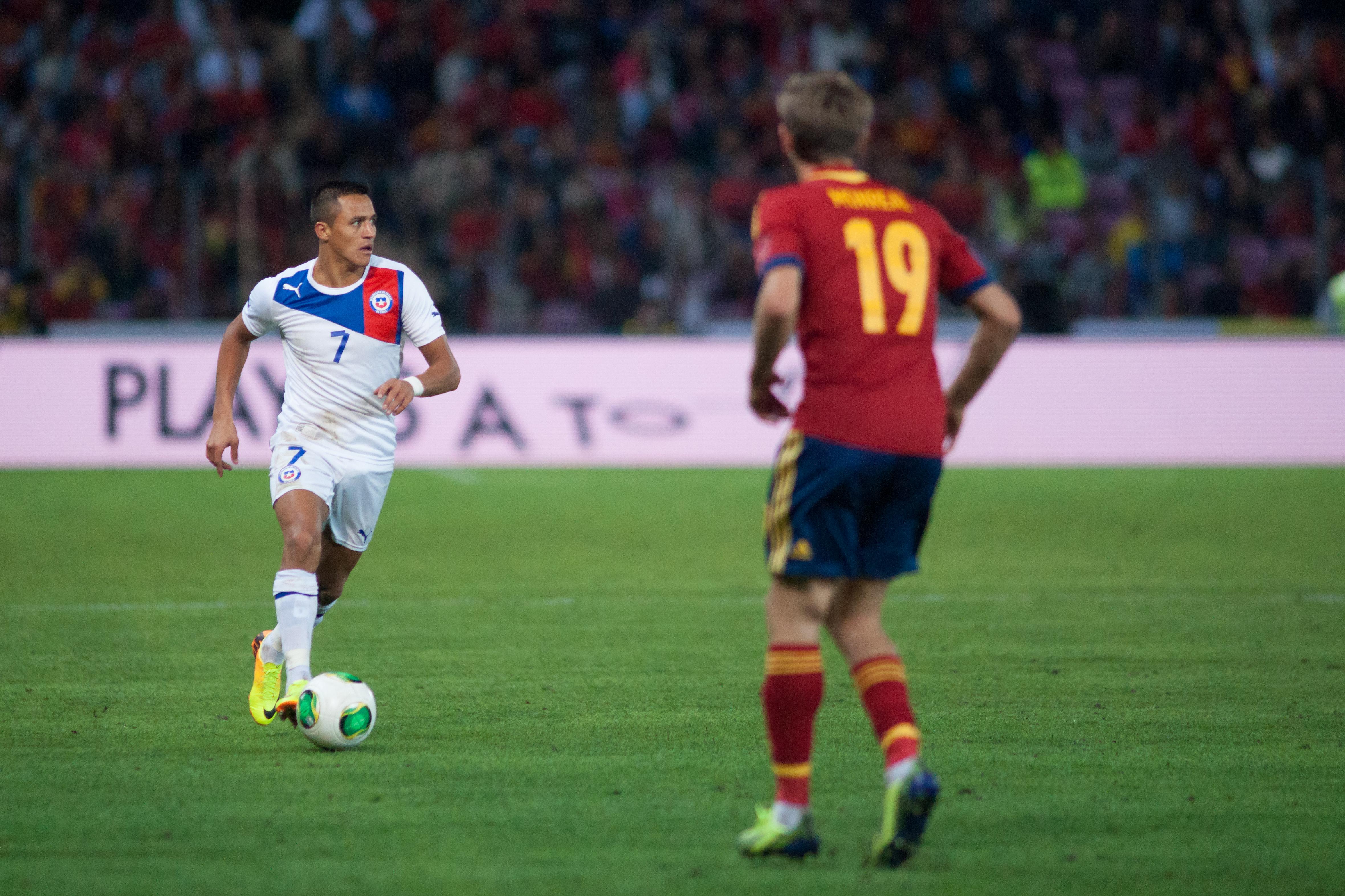 File Alexis Sanchez Spain vs Chile 10th September 2013
