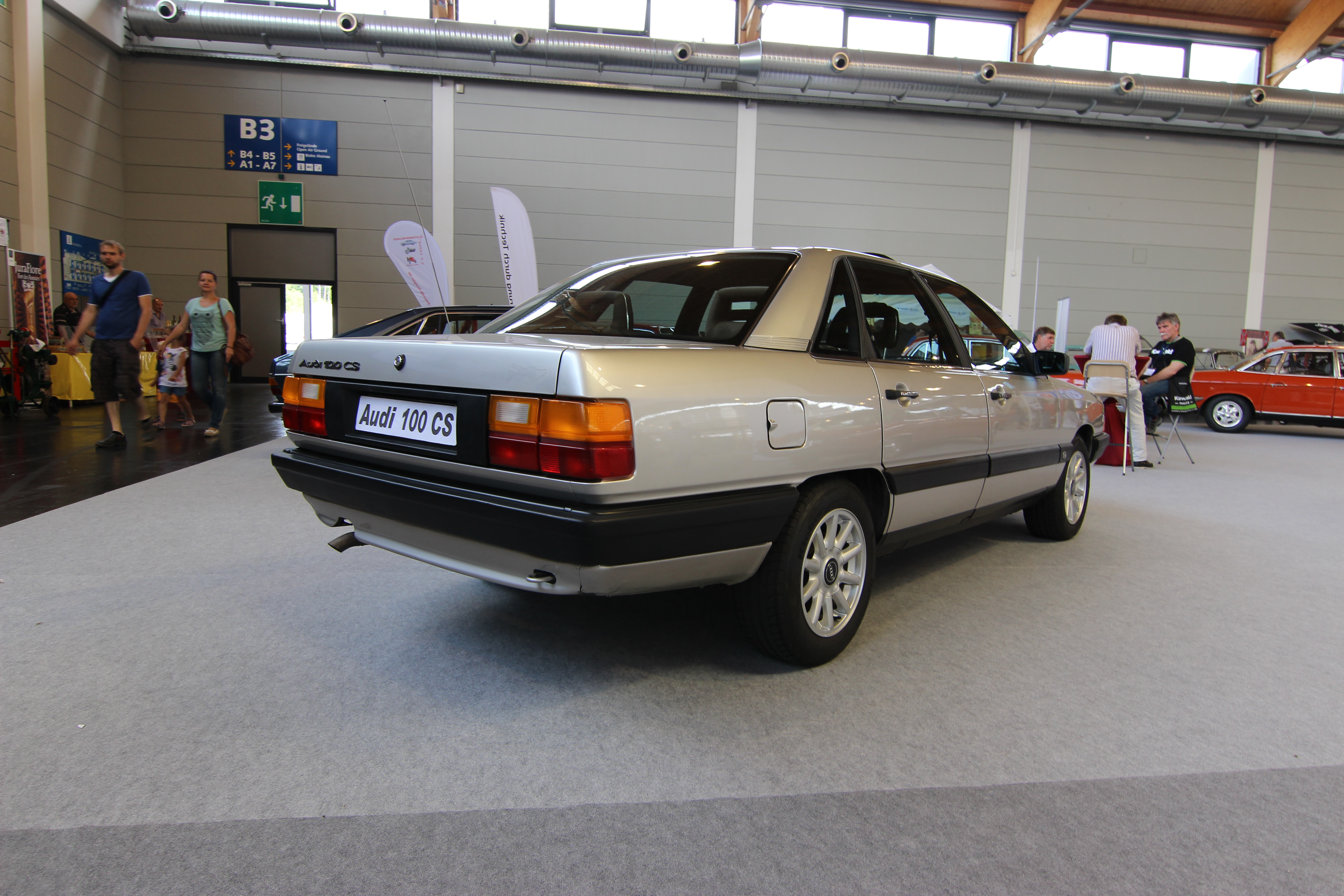 Audi Build Your Own >> File:Audi 100 C3 Typ 44 Limo 14062014 (Foto Hilarmont) (2).JPG - Wikimedia Commons