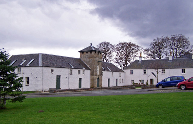File:Balmacara Square, former steading and hay barn - geograph.org.uk - 1590887.jpg