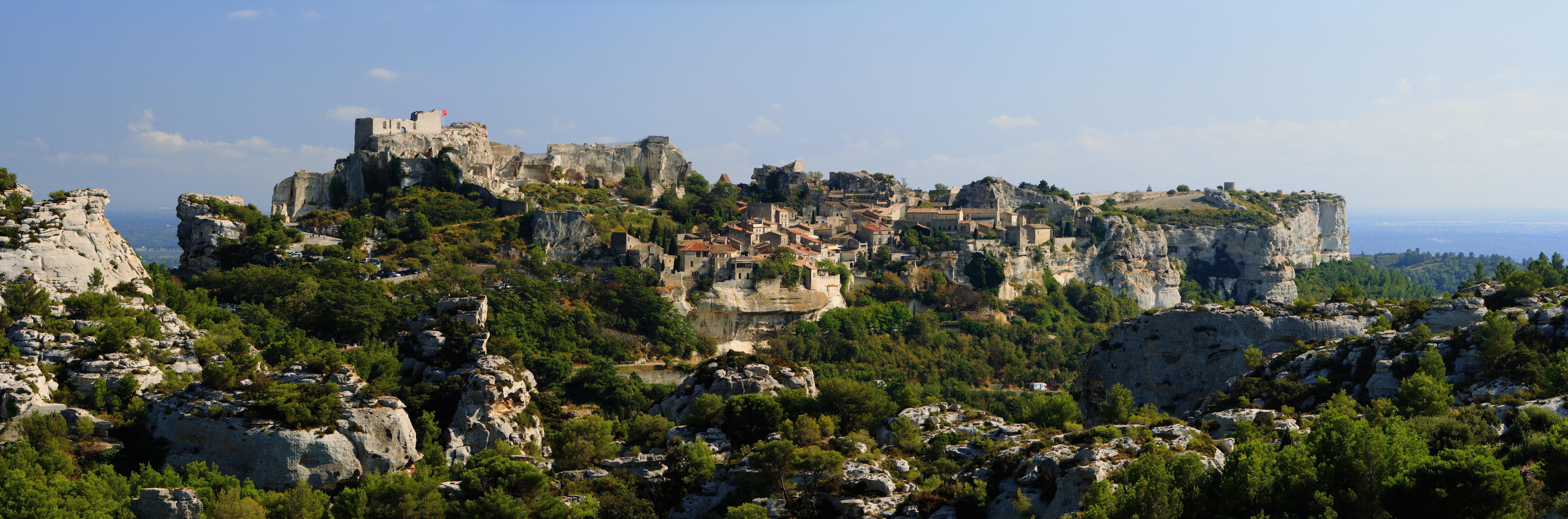 Traveling with jeff day 5 may 14th provence les baux pont du gard - Office du tourisme baux de provence ...