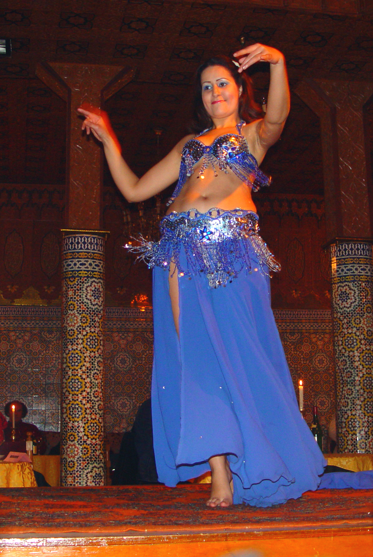 Moroccan girl dancing for african 3