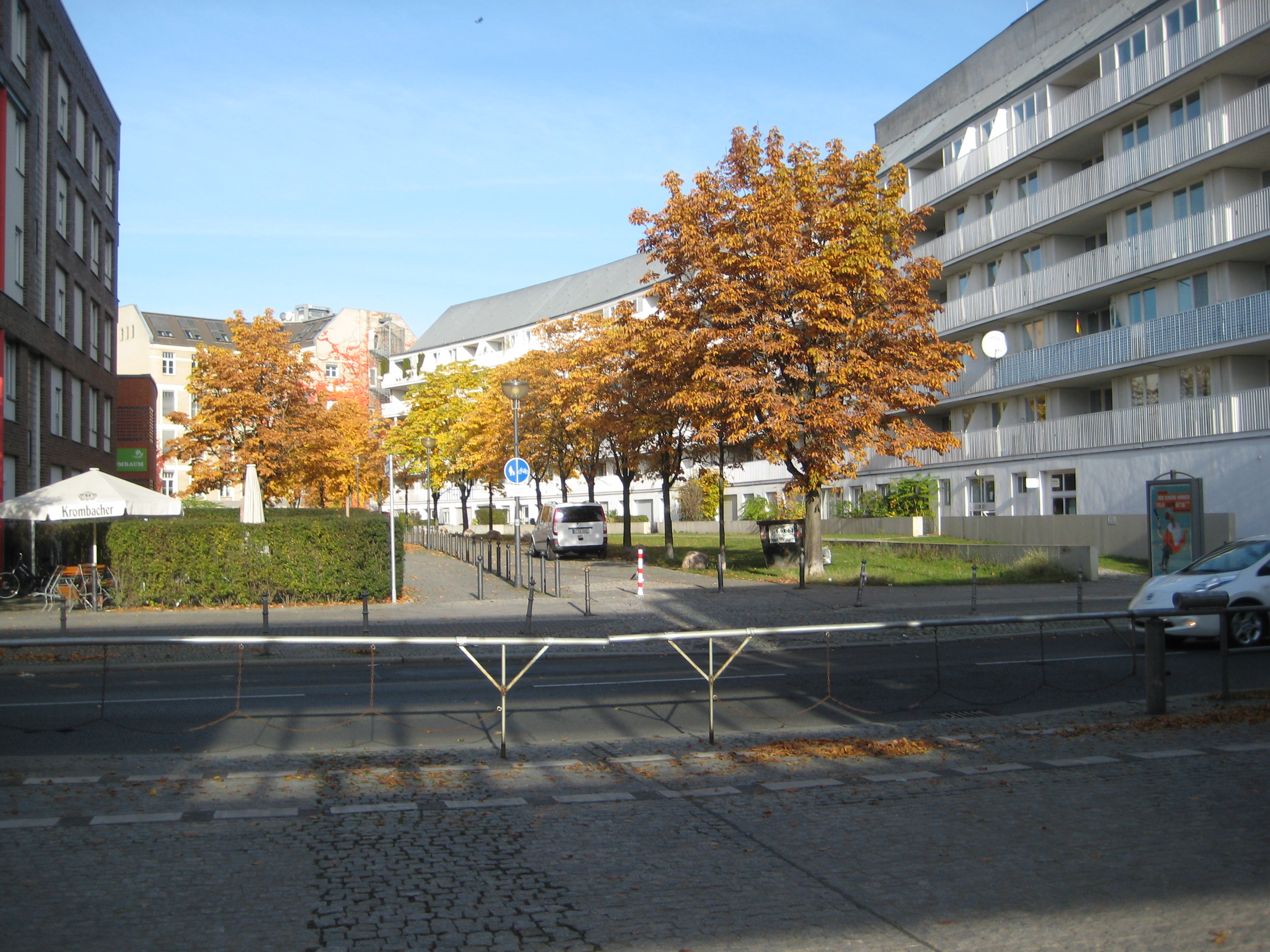 File:Berlin, Schöneberger Str, 2015-2 ...