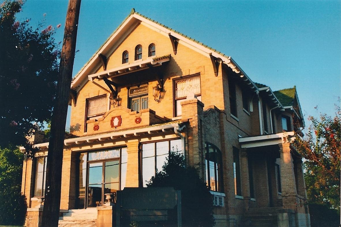 Cahn crawford house wikipedia for Crawford house