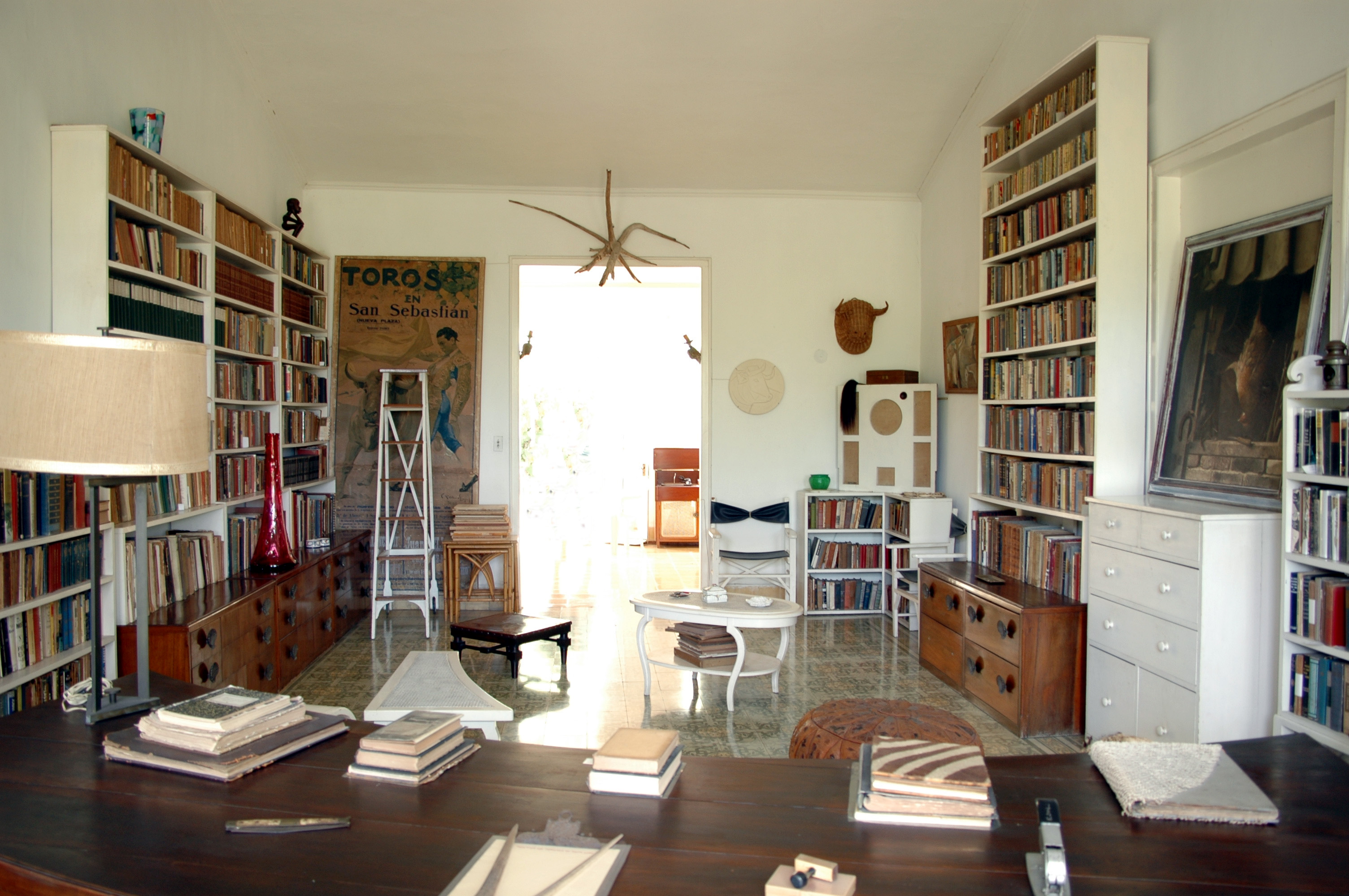 File Casa Di Ernest Hemingway A Cuba 08 Jpg Wikimedia