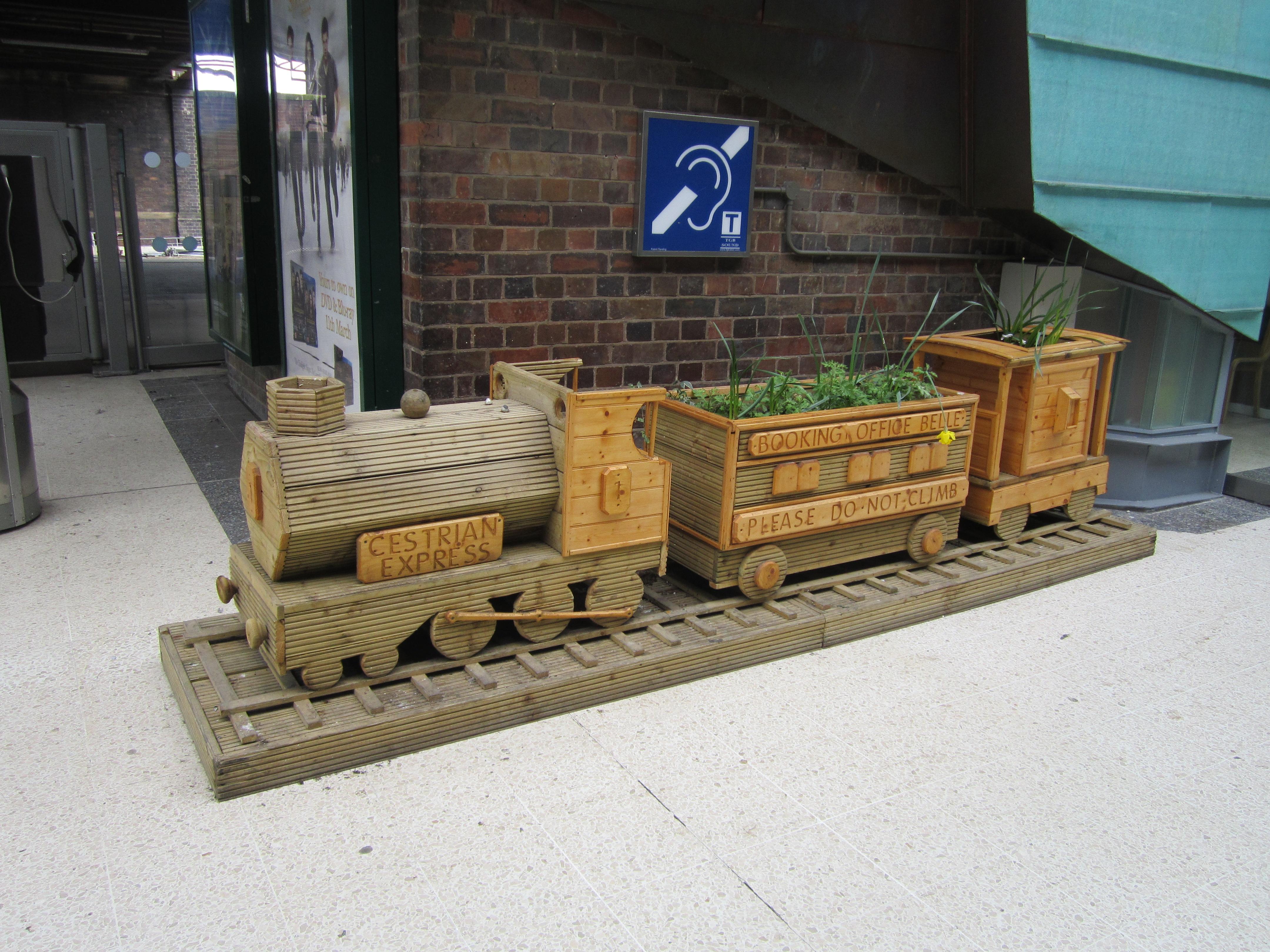 File Cestrian Express Model Train Planter Chester Railway Station