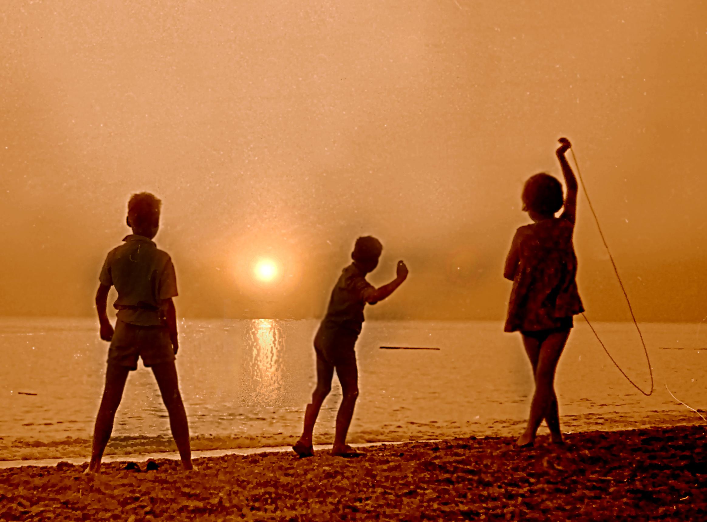 Resultado de imagen de children sunlight