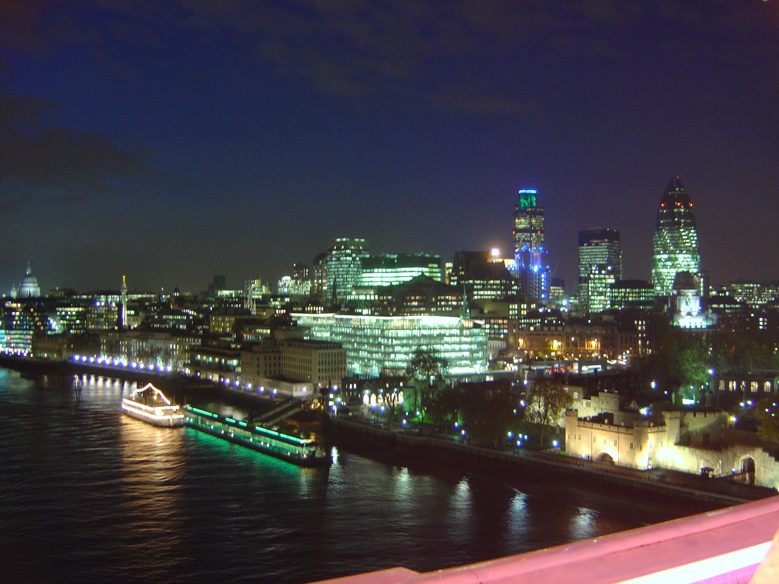 via http://upload.wikimedia.org/wikipedia/commons/2/25/City_of_London_at_night.jpg
