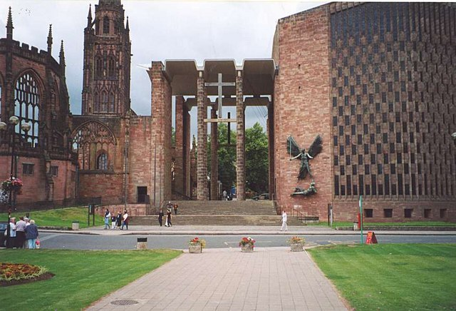 File Coventry Cathedral