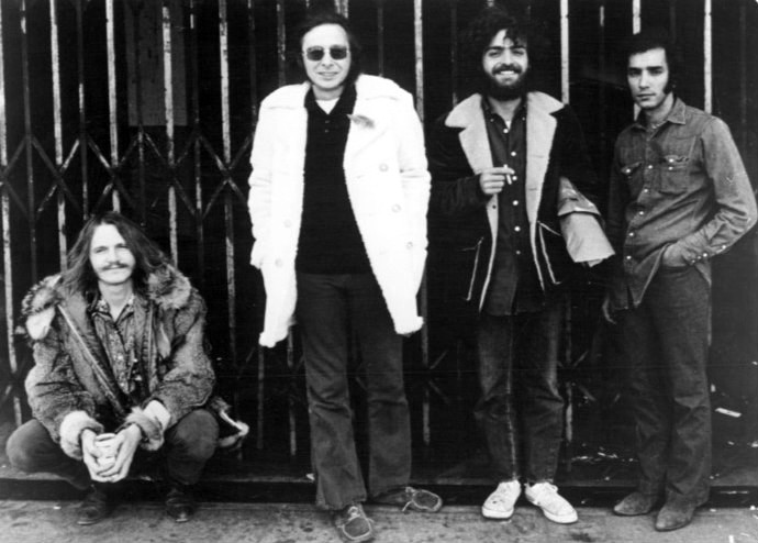 Crazy Horse en 1972. De izquierda a derecha: Danny Whitten, Jack Nietzche, Billy Talbot y Ralph Molina.