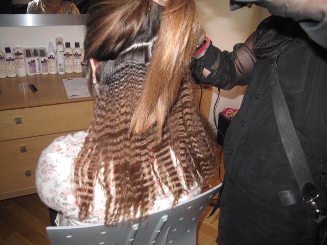 Crimped hair salon