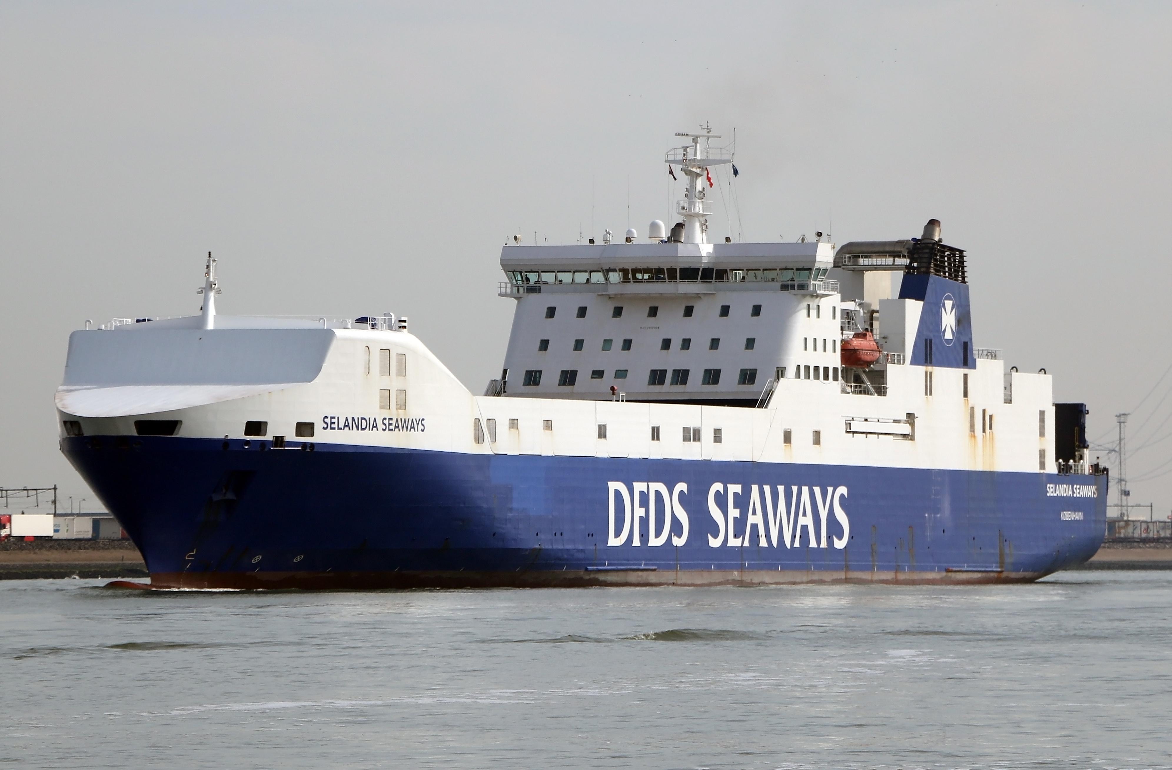 dfds seaways hoek van holland
