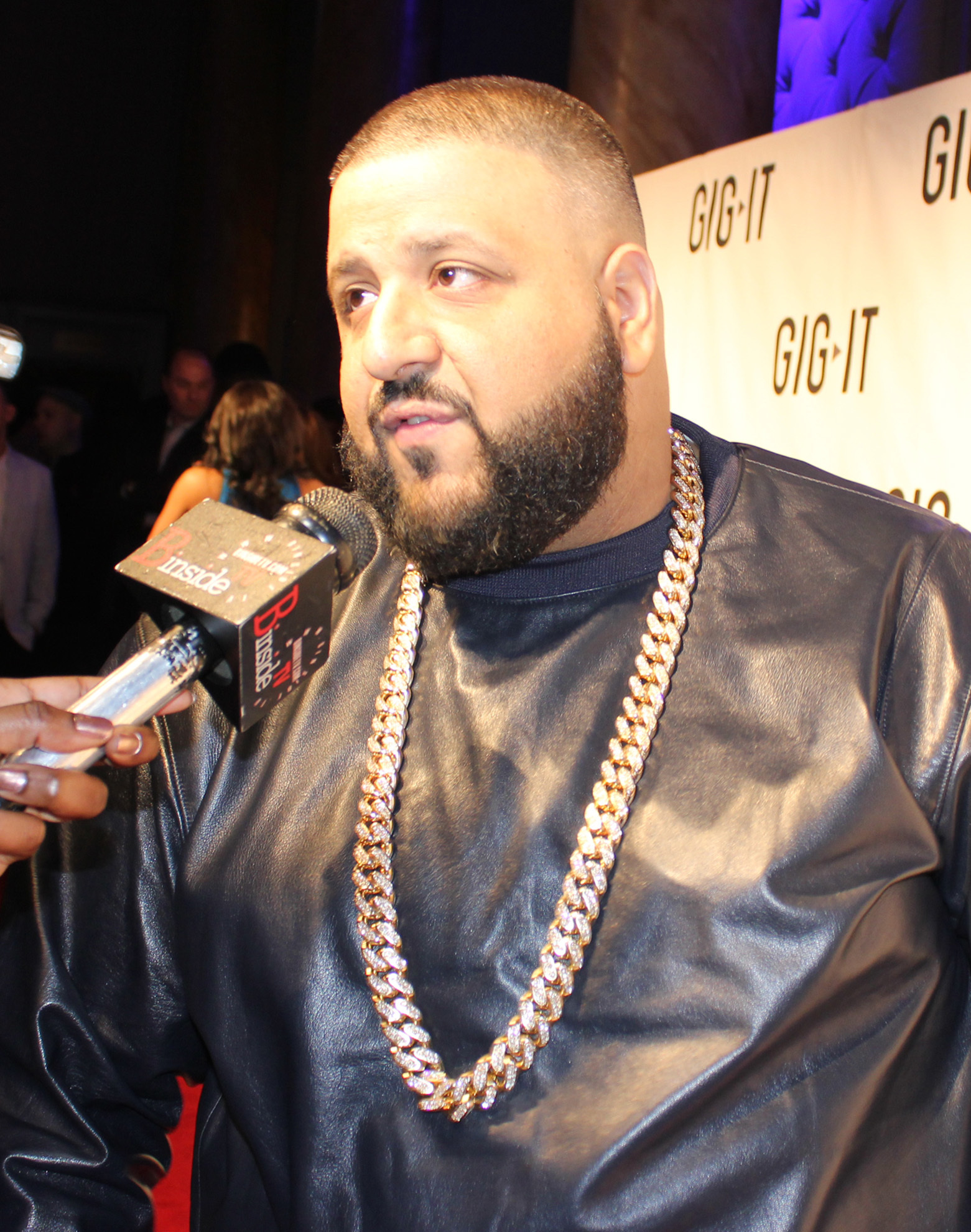 The 45-year old son of father (?) and mother(?) DJ Khaled in 2021 photo. DJ Khaled earned a  million dollar salary - leaving the net worth at  million in 2021