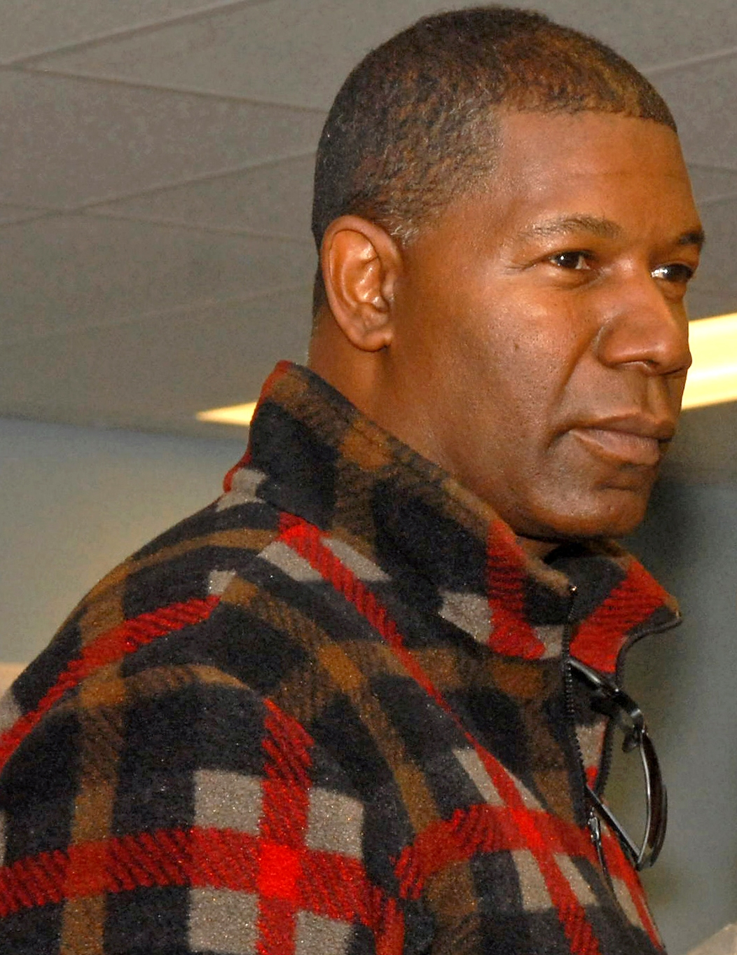 Dennis Haysbert - Wallpaper Gallery