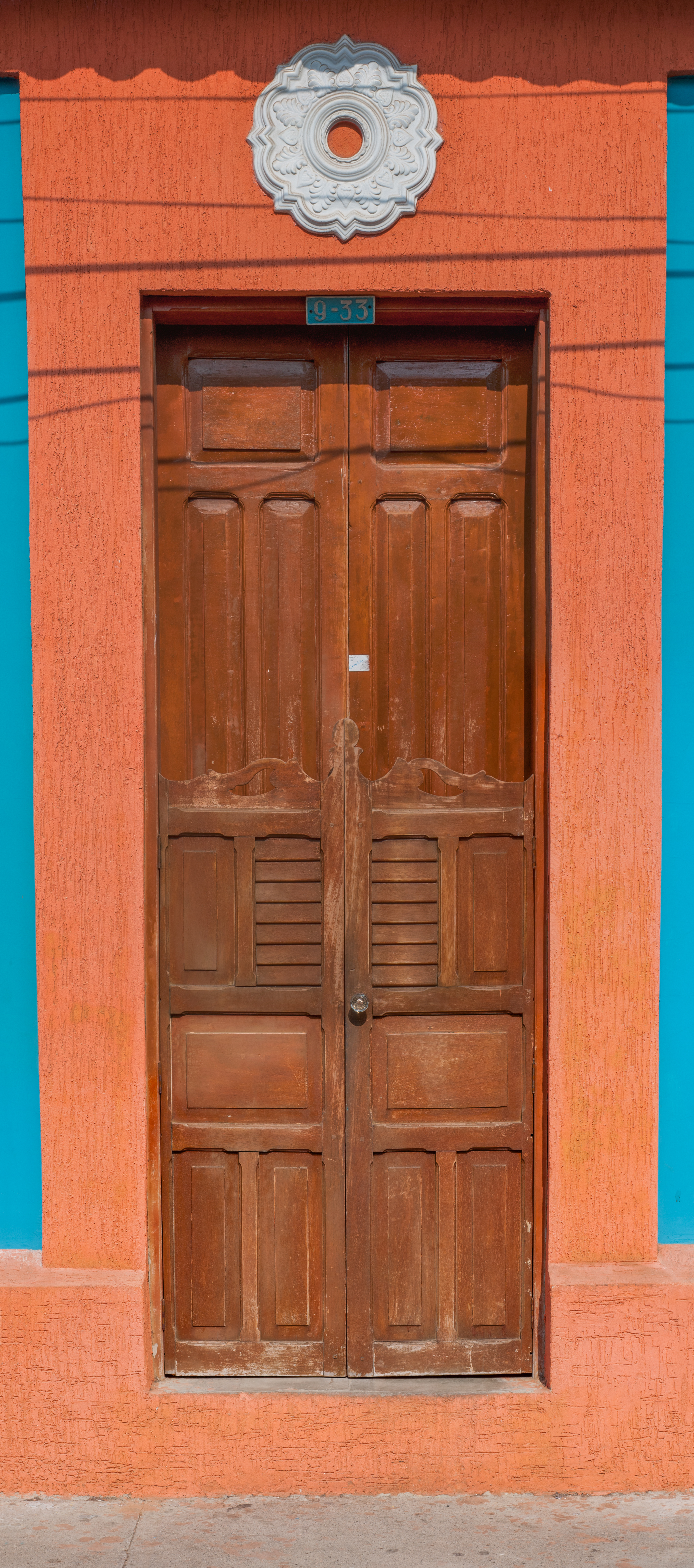 File:Door colonial house in Maracaibo.jpg & File:Door colonial house in Maracaibo.jpg - Wikimedia Commons Pezcame.Com