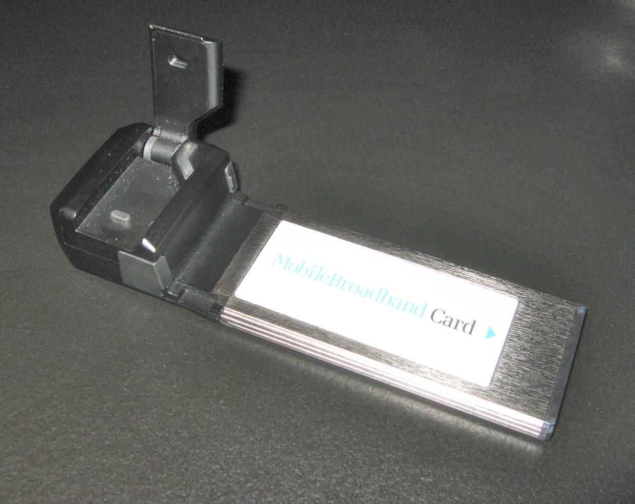mobilebroadbandmodeminthexpressardformfactorforlaptopcomputers