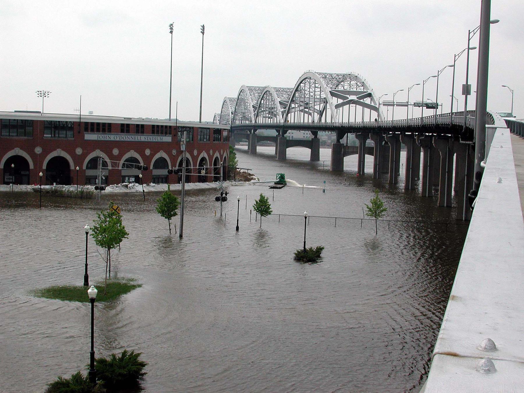 quad cities river bandits wikipedia