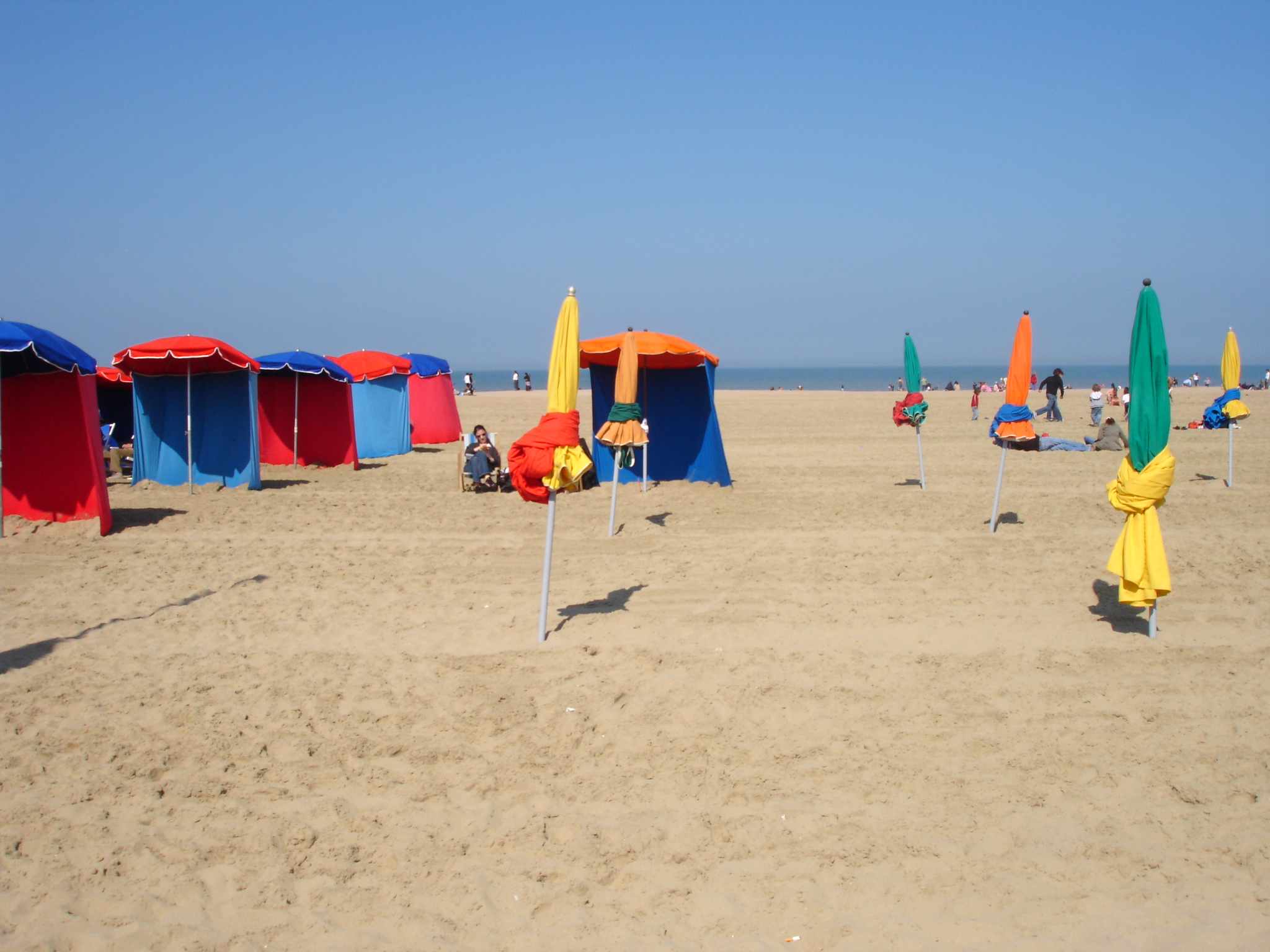 File france calvados deauville plage for Piscine x eau cognac