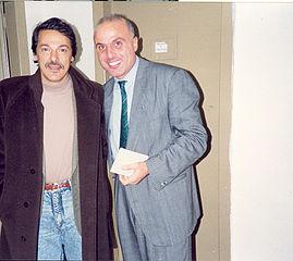 Toquinho con el periodista italiano de espectáculos Gildo de Stéfano, en el Festival International de Guitarra (años ochenta).
