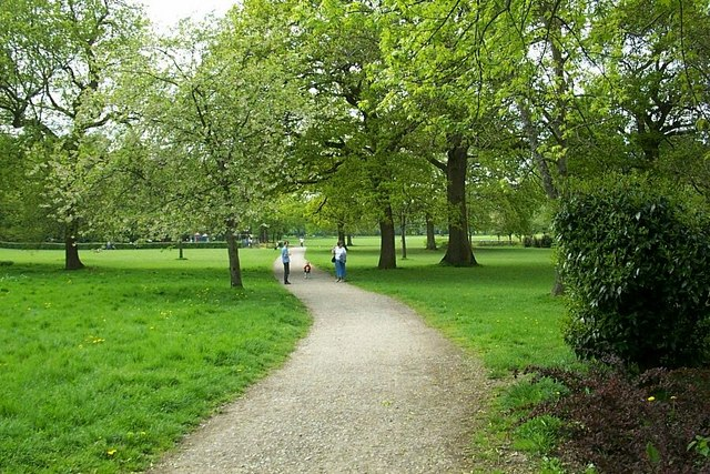 Goff's Park, Crawley - geograph.org.uk - 371510