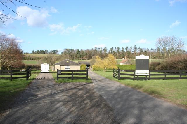 Gog Magog Hills Farm - geograph.org.uk - 722843