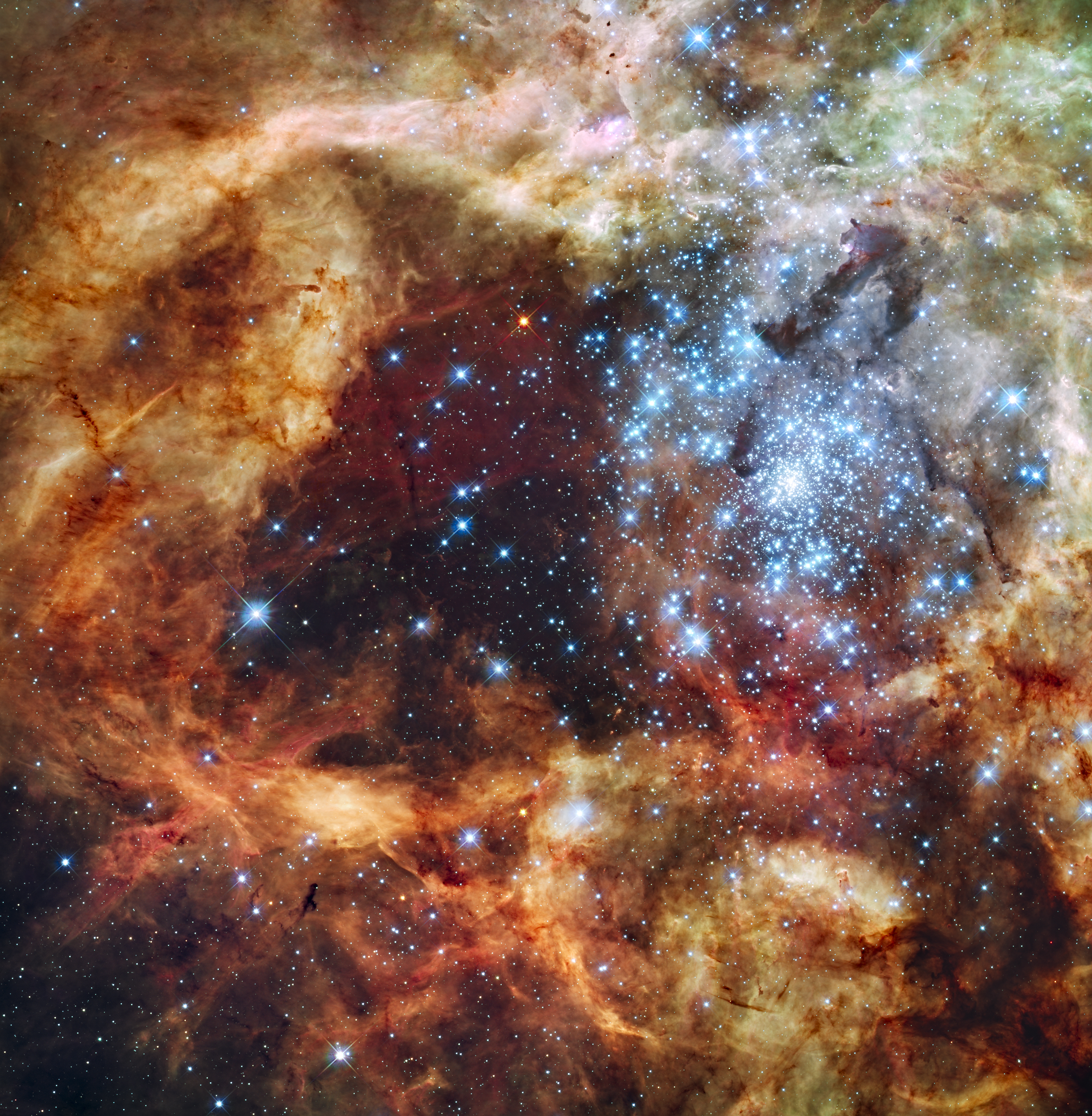 Region r136 in ngc 2070 captured by the hubble space telescope