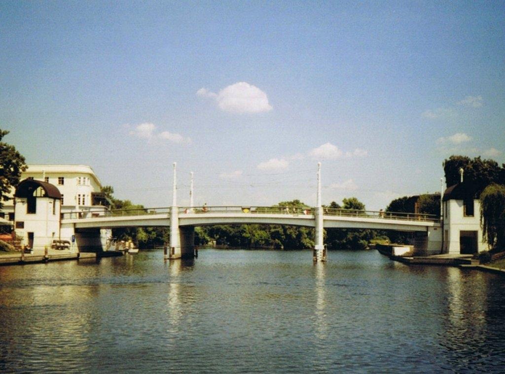 Jahrtausendbrücke in Brandenburg an der Havel - Quelle: WikiCommons