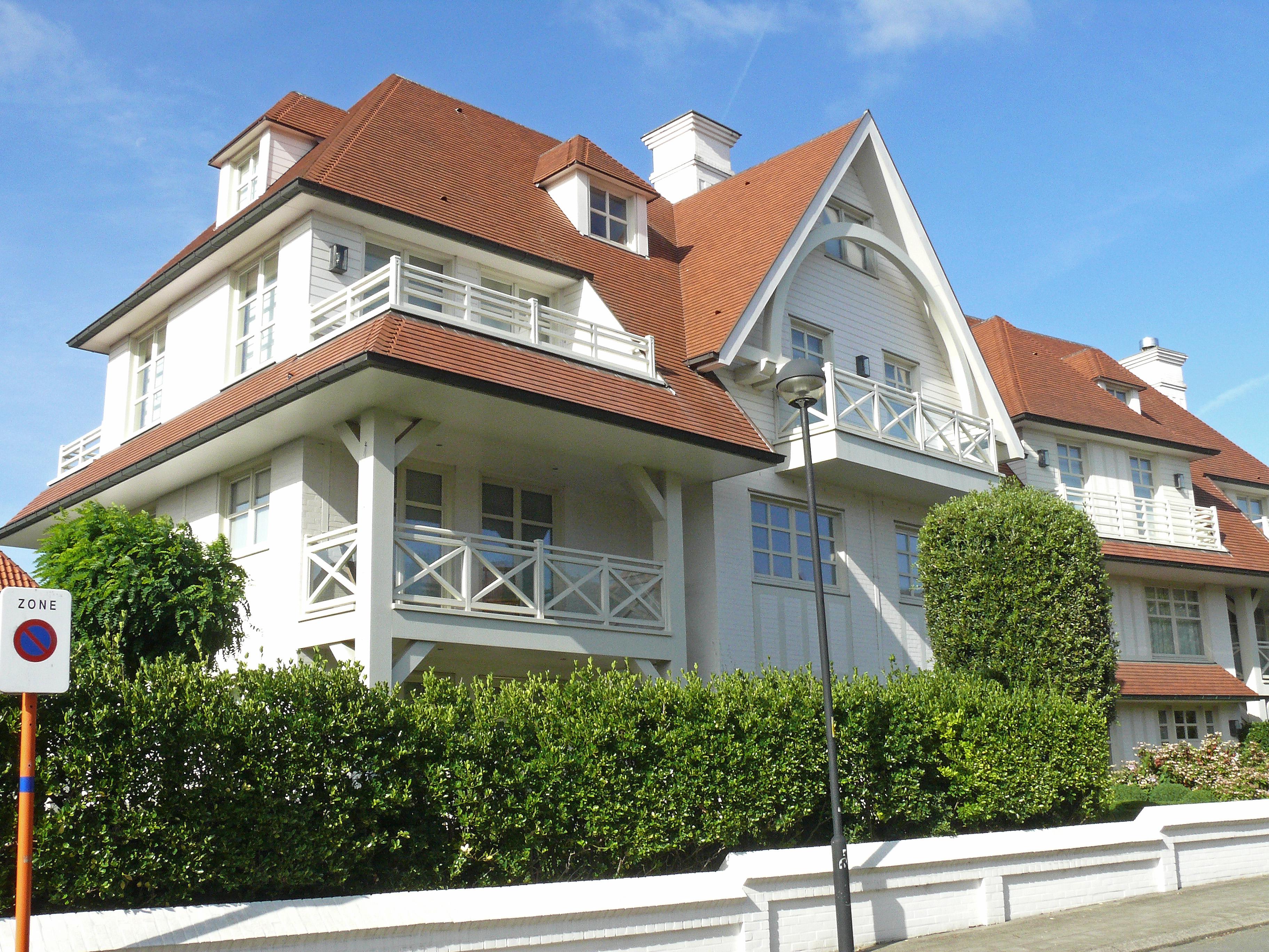 File:hedendaagse villa krekelpad 1 duinbergen knokke heist .jpg