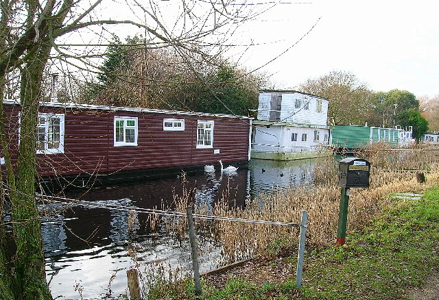 Houseboats on the Chichester Canal - geograph.org.uk - 93903