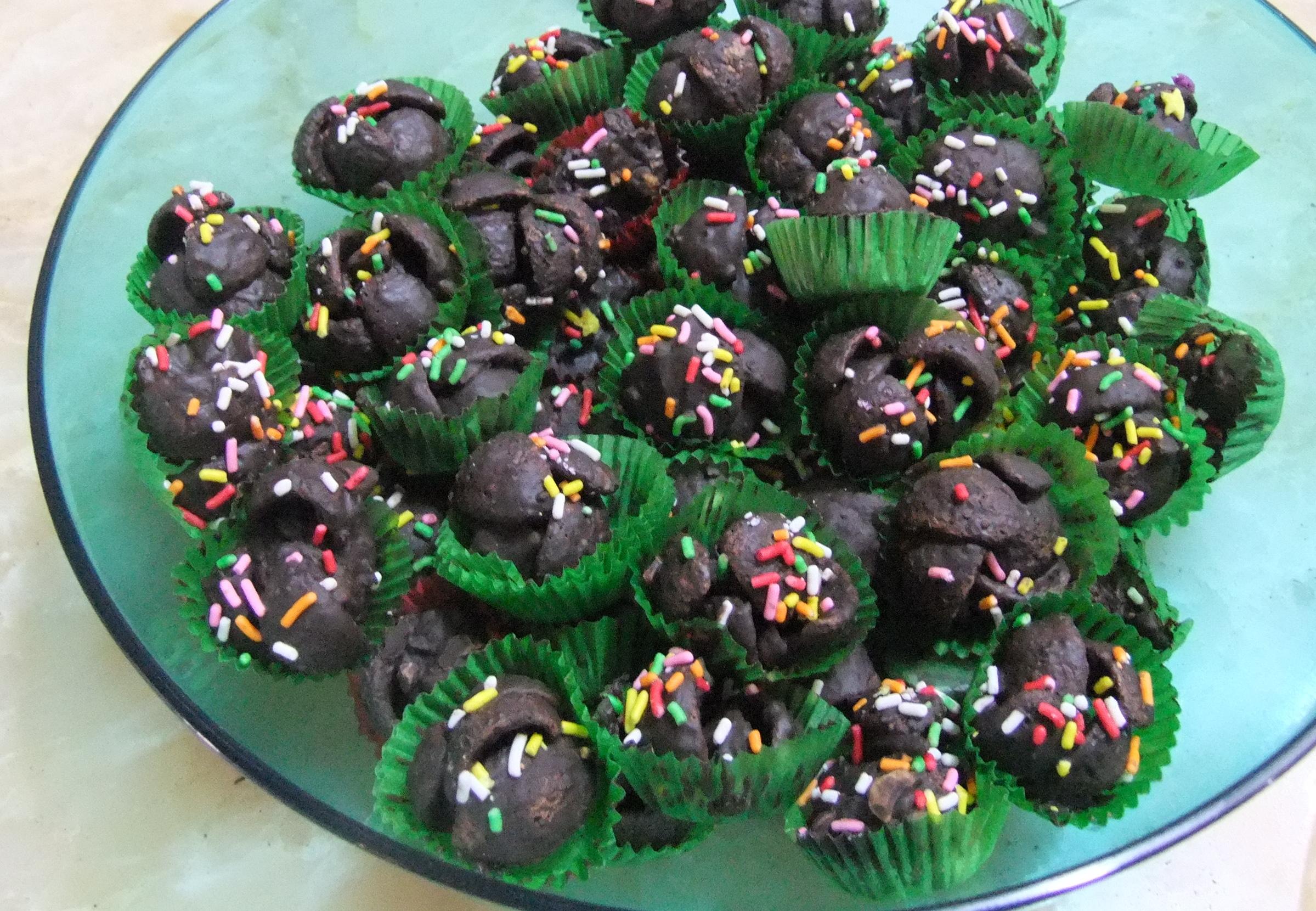 File:Kue kering Koko Krunch siram coklat.JPG - Wikimedia Commons