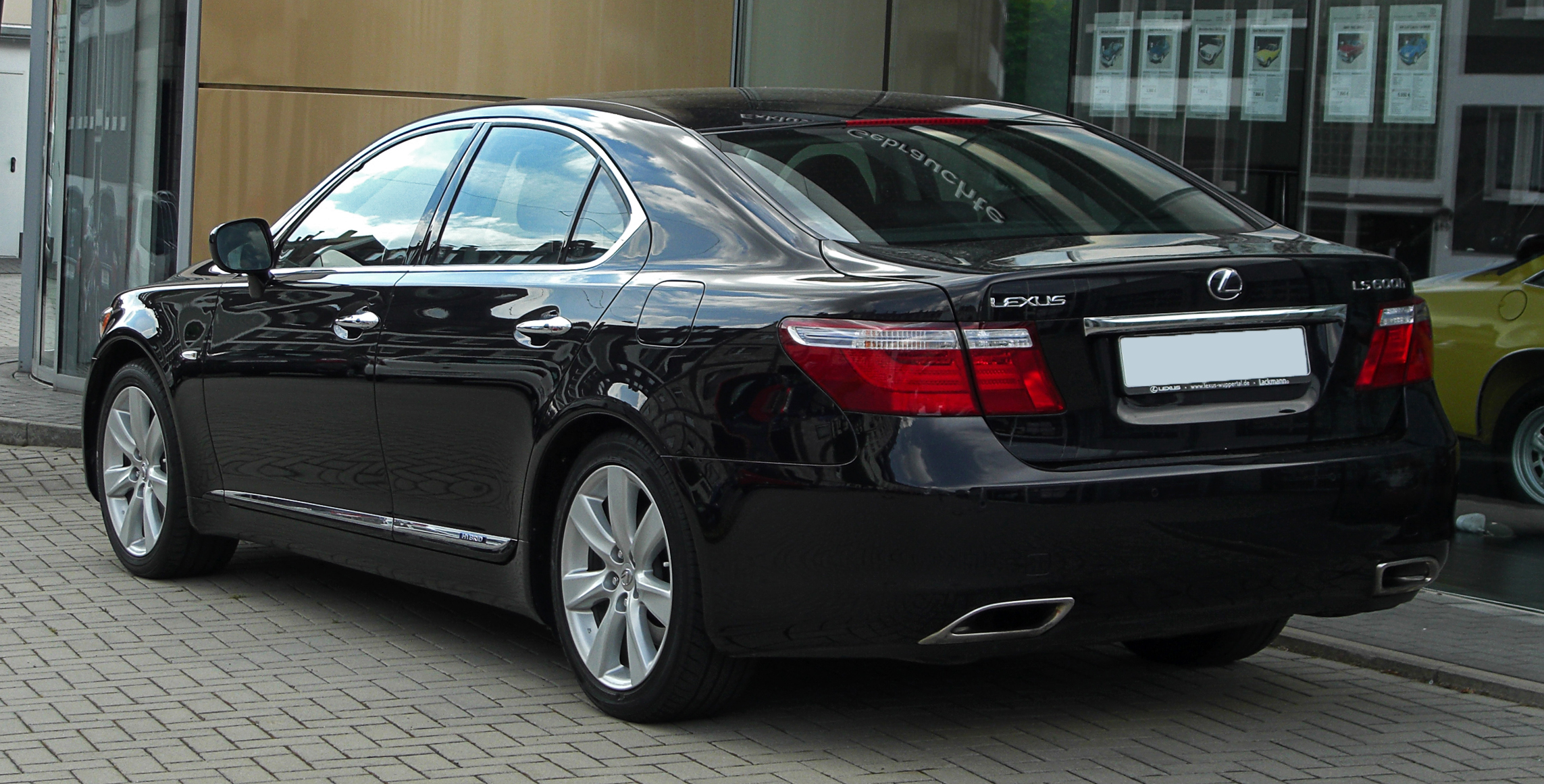 File Lexus Ls 600h Iv Heckansicht 15 Mai 2011