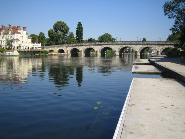 Maidenhead Bridge and River Thames - geograph.org.uk - 205285