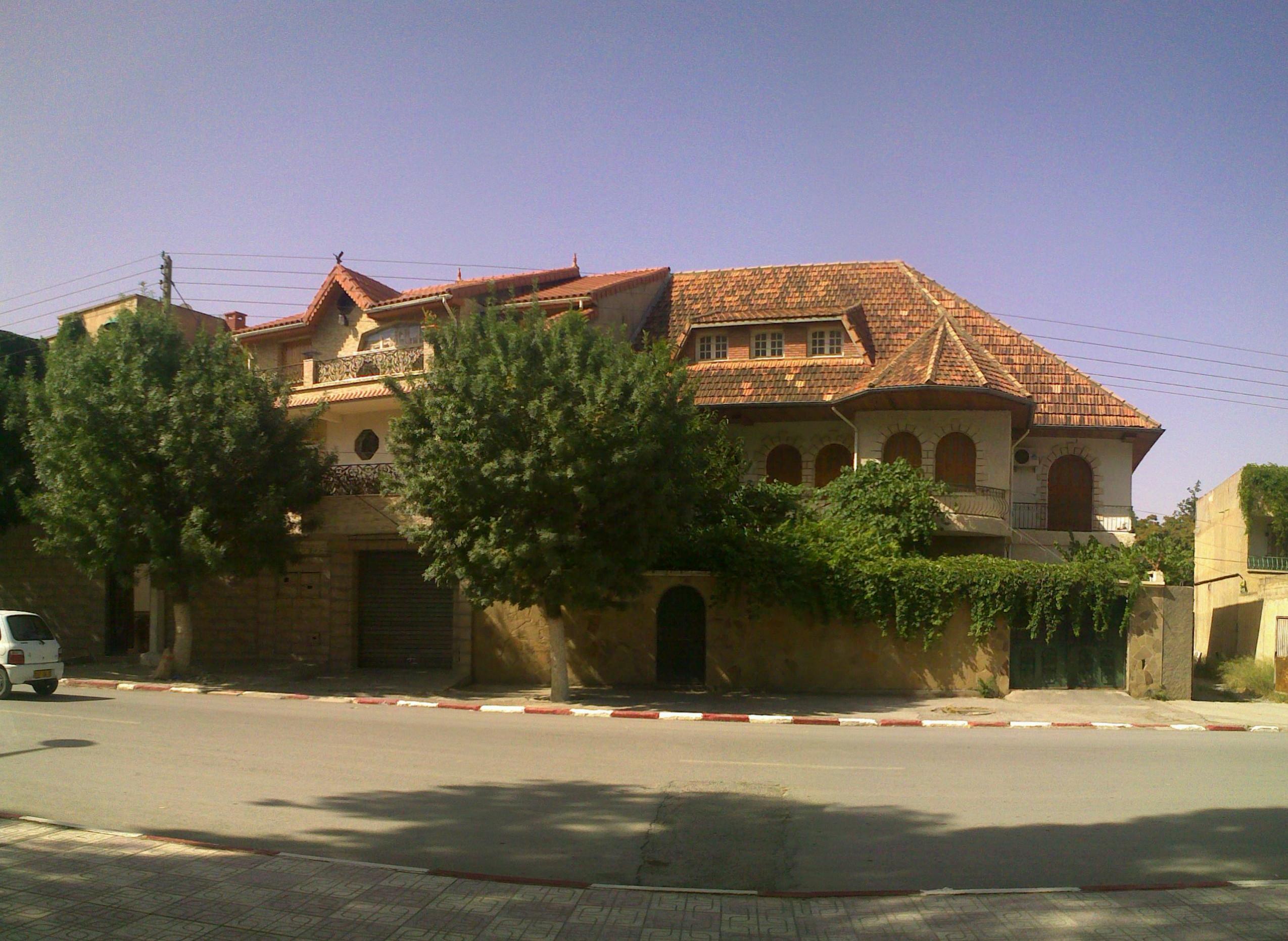 File Maison En Face Du Lyc E Aicha A Wikimedia Commons