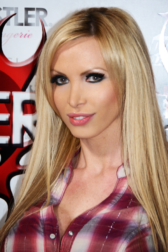 Paparazzi Nikki Benz  naked (71 photos), 2019, braless