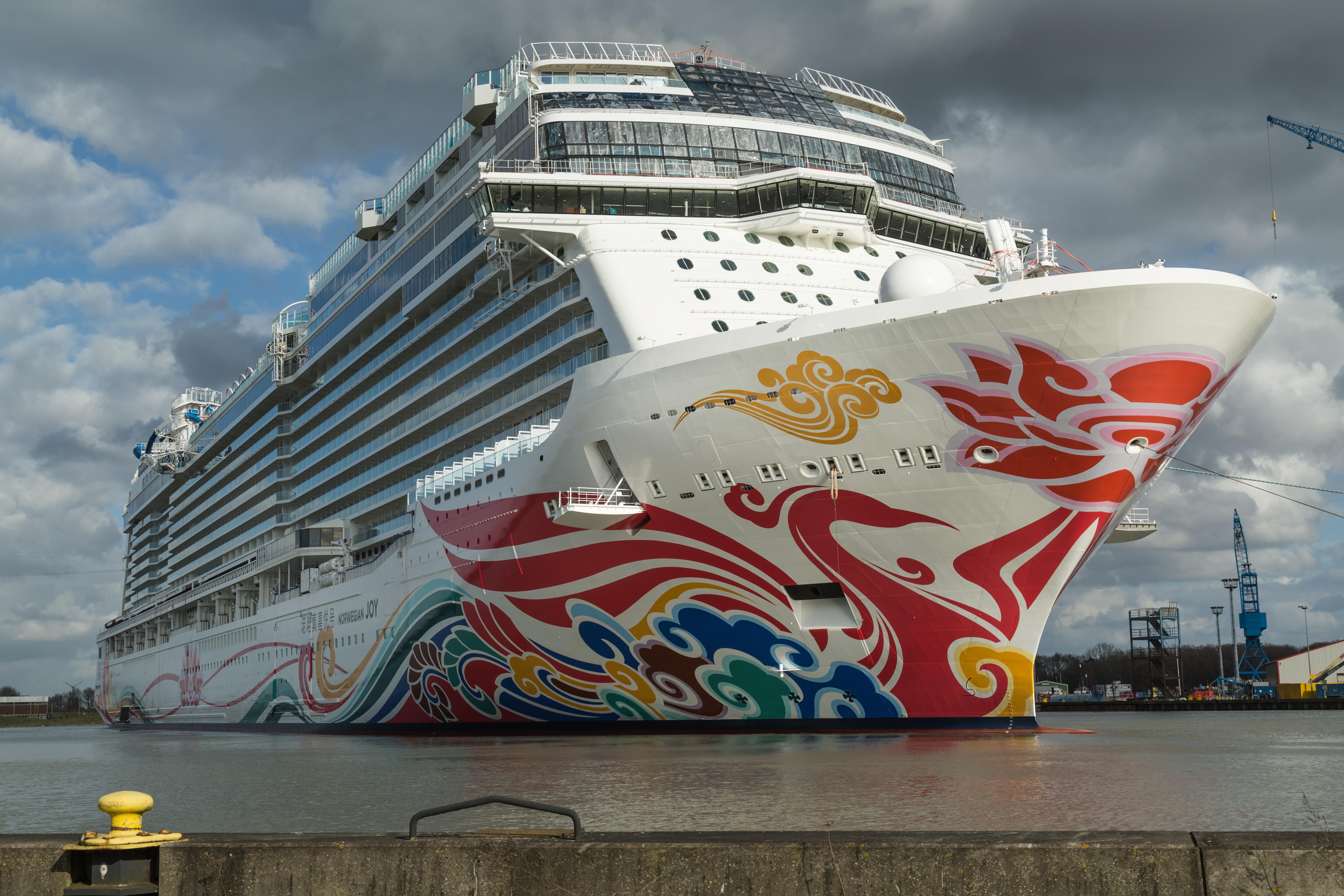 Nasdaq 100 Chart: Norwegian Cruise Line - Wikipedia,Chart